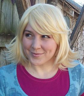 rose-tyler-cosplay-wig.jpg